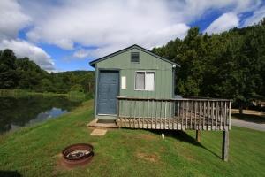 1 cabin 2