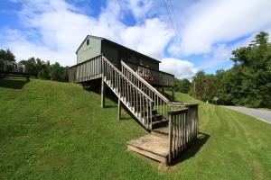 1 cabin 3